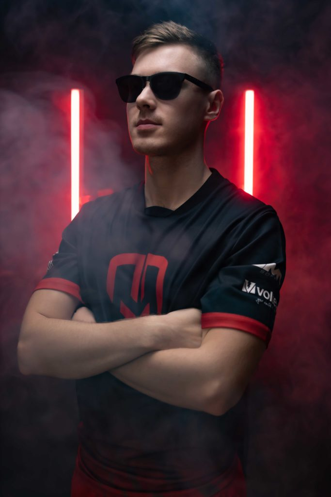 Oakley 2021 - Ruan 'ELUSIVE' Van wyk - GG Counter Strike captain