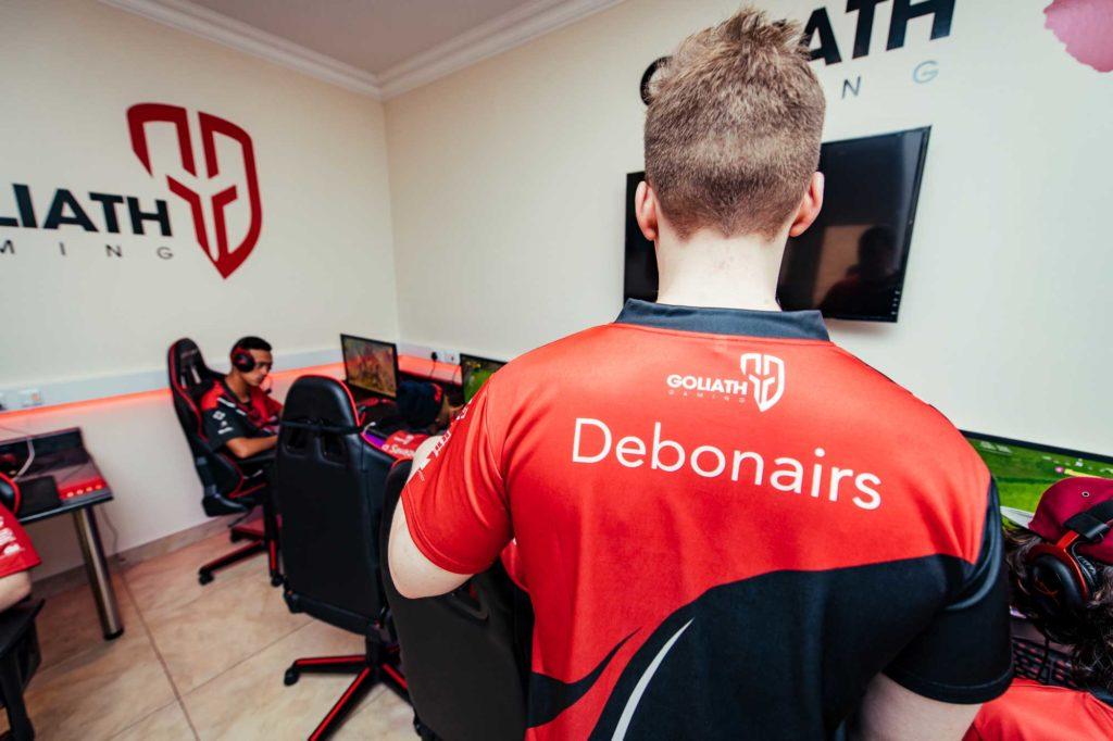 Debonairs 2018